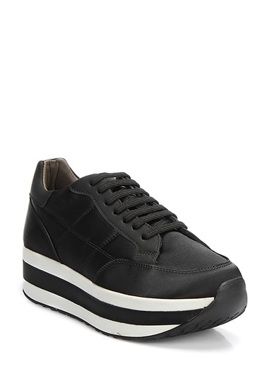 Ayakkabı-İnci
